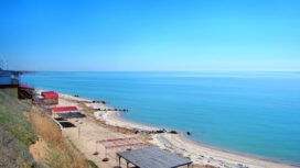 Море и приморская ветроэлектростанция